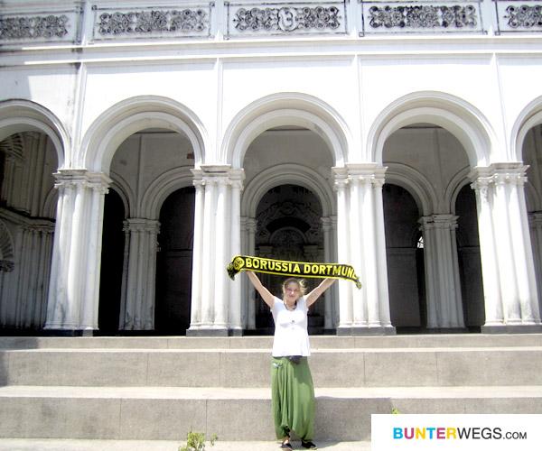 Mit Borussia Dortmund quer durch Indien*