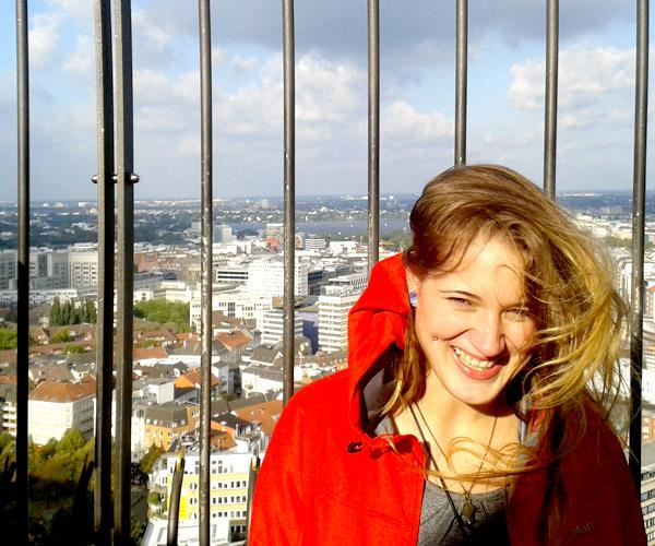 Jessie von BUNTERwegs auf dem Michel in Hamburg