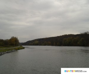 Moldau, Richtung Prag * BUNTERwegs.com