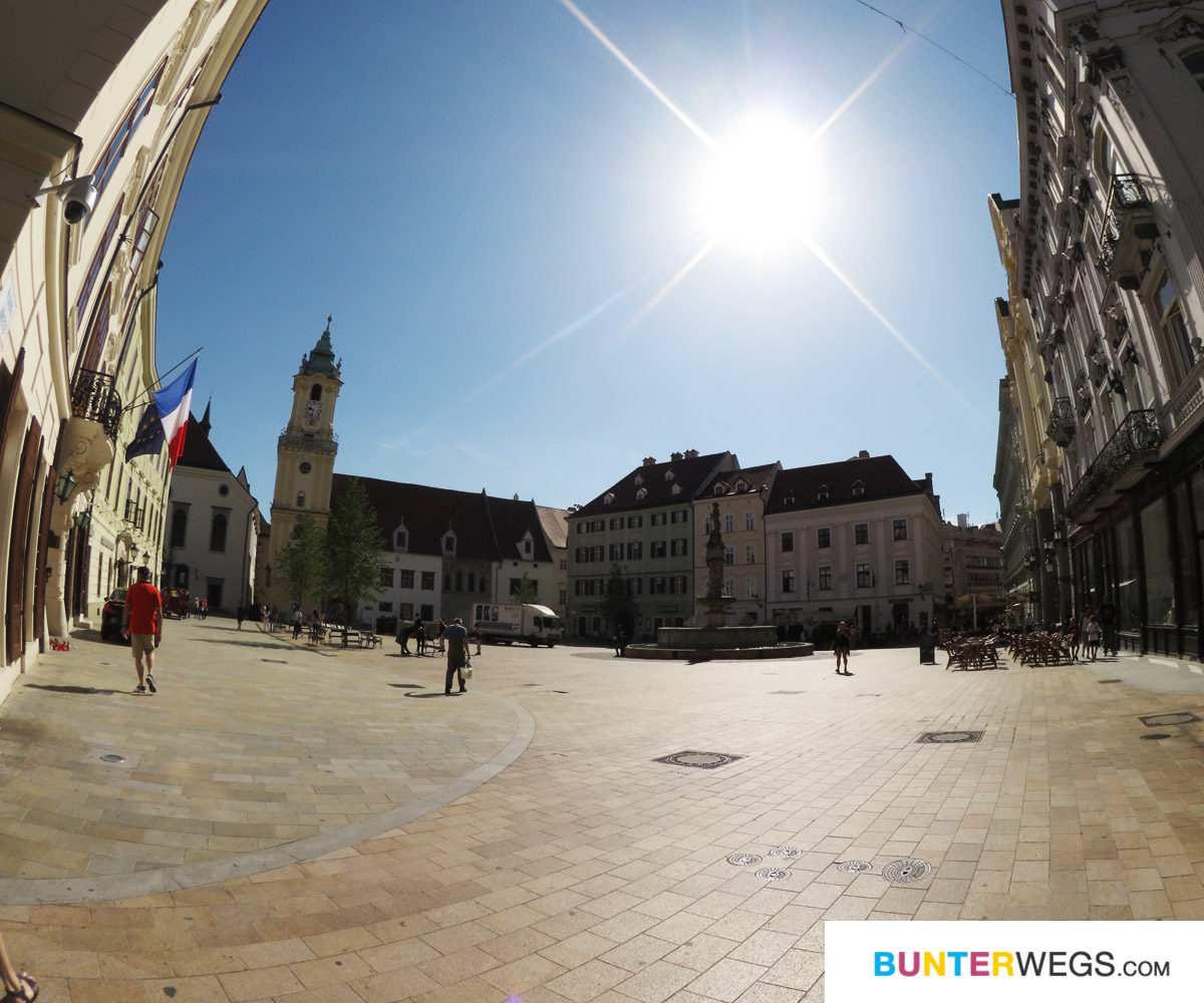 Die Altstadt von Bratislava, Slowakei * BUNTERwegs. Der Outdoor Blog für Frauen mit Liebe zum Wandern und zur Street Art