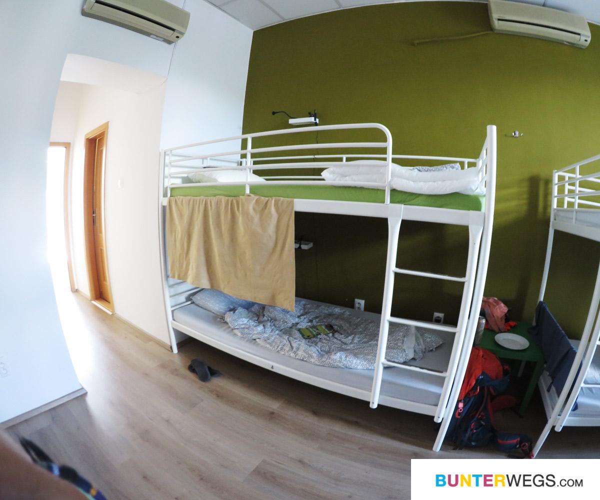 Ein Bett in einem Hostel ind Bratislava, Slowakei