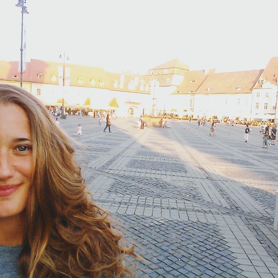 Jessie von BUNTERwegs in Sibiu , Rumänien * BUNTERwegs. Der Outdoor Blog mit Liebe zum Wandern und zur Street Art